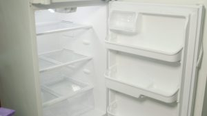 1078702682 5128485863001 1609diy remove fridge odor still 2016 09 16 13 23 300x169 House Cleaning Tips for your Refrigerator
