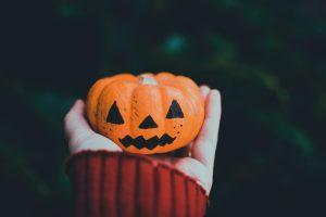 phtoto of person holding orange pumpkin ornament 1485697 scaled 300x200 halloweenpic